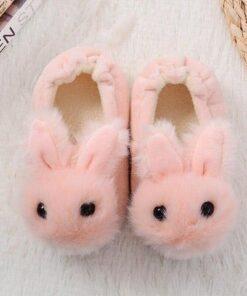 chausson lapin bébé dessus
