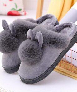 pantoufle lapin pompon gris