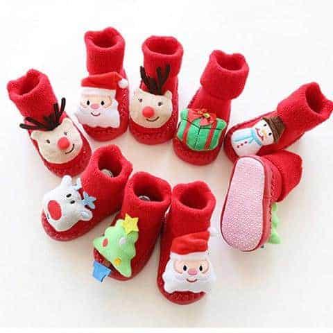 pantoufle de noël pour bébé chaussettes