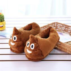 chausson emoji caca