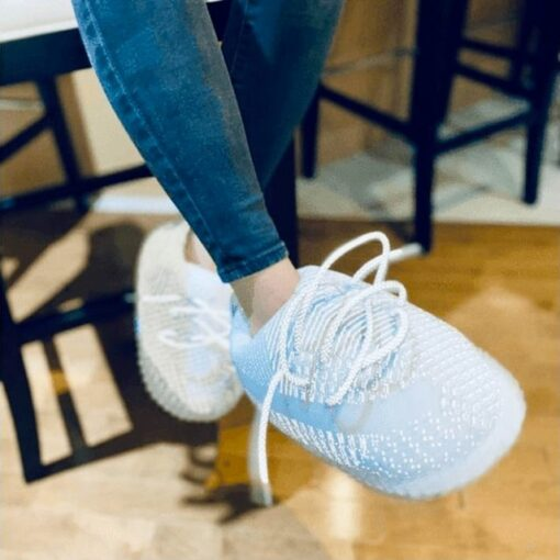 chausson yeezy reflective white